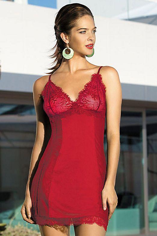 Mia-Mia Lady in red 12021